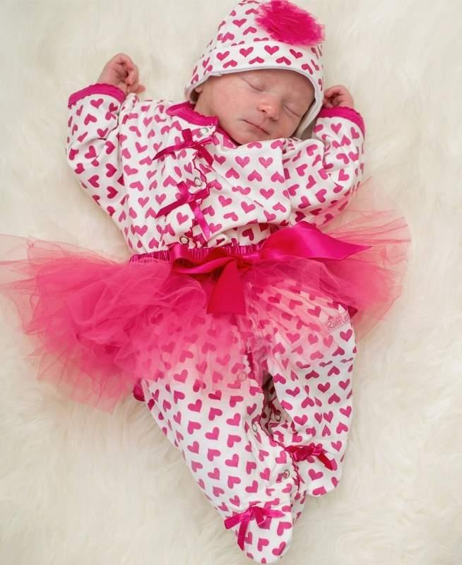 Костюмы на выписку для новорожденных девочек